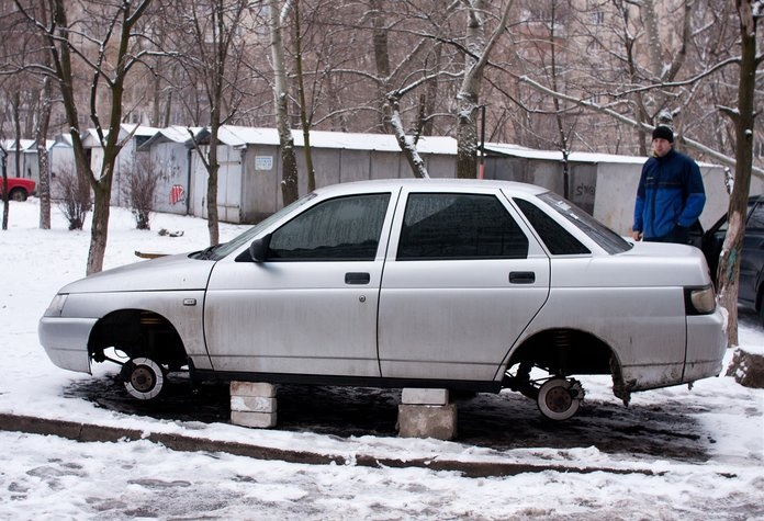 В Чите экипаж ППС задержал похитителей колес