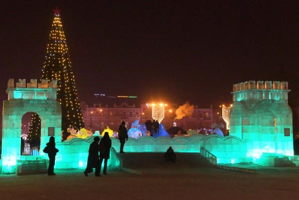 На следующей неделе ёлку, ледяные горки и скульптуры уберут в Чите