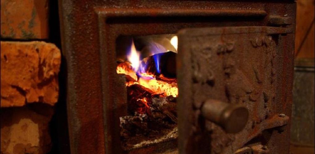Два пожара за день произошли в одном дворе посёлка Аксёново-Зилово