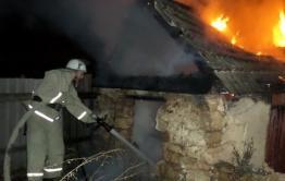 Двое мужчин и ребёнок погибли на пожаре в Акшинском районе