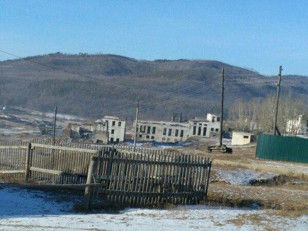 Жители села Верх-Усугли из Забайкалья замерзают в домах с заледеневшими окнами