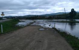 Осадки размыли дорогу между Балеем и Шелопугино