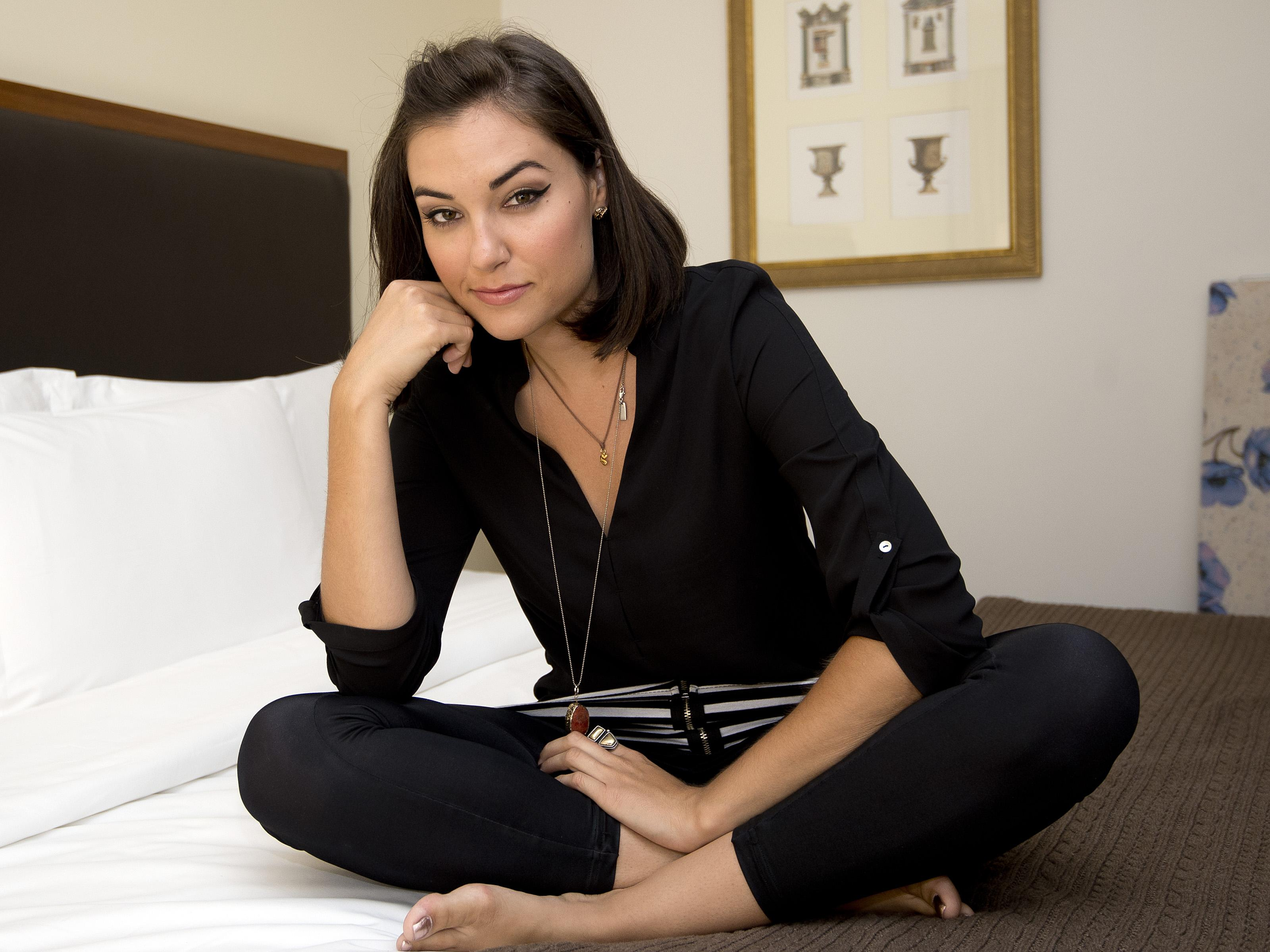 «Вечорка» предложила порноактрисе назвать в ее честь проезд Серова, изнасилованный читинскими чиновниками