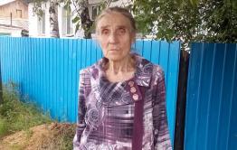 Бабушка-шахтер не может добиться благоустройства дома