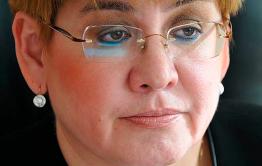 Жданова останется в кресле губернатора около месяца