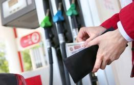 С больной головы на здоровую: как независимые заправки стали причиной роста цен на бензин