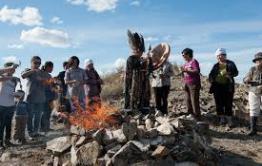 Гадалки и шаманы против следаков и волонтеров