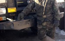 Кулибин из Цаган-Олуя смастерил БТР и машину