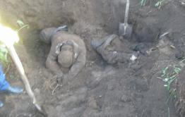 Родственники предполагаемых узбеков-педофилов требуют эксгумации тел