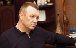 Министр Давыдов сделал подарок женщинам на 8 Марта - ушел в отставку