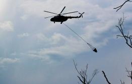 Ми-8 тушит пожар под Читой водой из Кенона