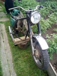 """Мотоцикл-""""донор"""" из Могочи. Его украли на запчасти, чтобы отремонтировать свою """"лошадку"""". Соцсети."""