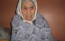 Аморальное Забайкалье: у 95-летней бабушки в Борзе трое мужчин украли 20 тысяч рублей из шкафа