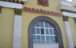 Пособничество педофилам, отсутствие автомоста и очереди к врачам – Осипов в Забайкальске