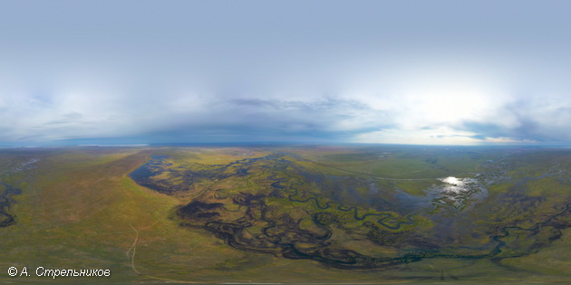 Степная речка Ульдза, большей частью протекающая по территории Монголии, наконец-то наполнилась и теперь несет свои воды в Барун-Торей. 25.09.2020