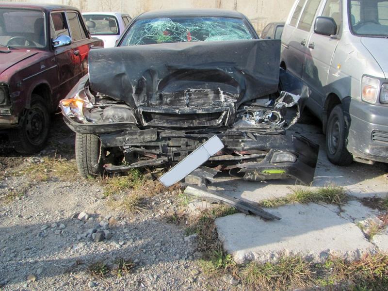 Житель Читы попал в аварию на угнанной машине