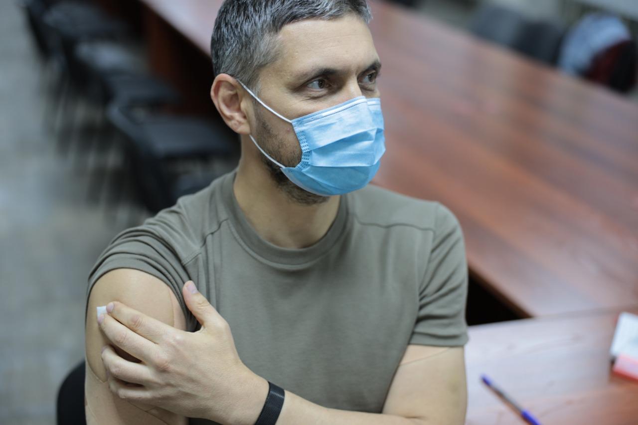 Александр Осипов сделал прививку от гриппа