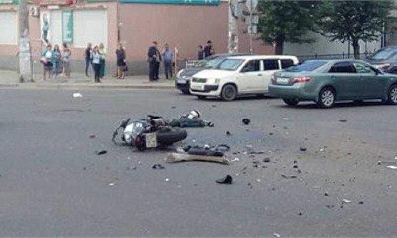 В результате ДТП в центре Читы погиб мотоциклист