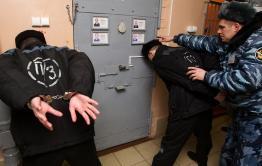 Зэку накинули 7 лет за нападение на сотрудника учреждения