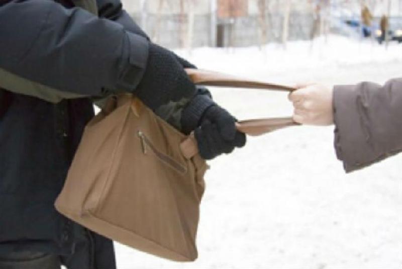 Тунеядец из Читы ограбил двух престарелых женщин
