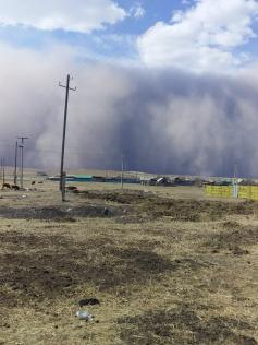 Пыльная буря в Забайкальске. 29 апреля
