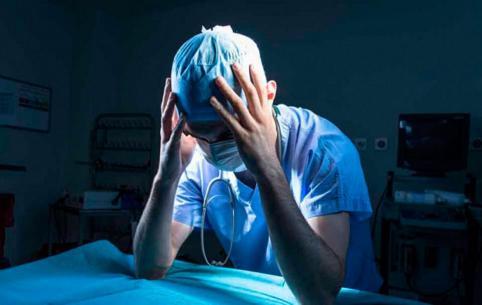 Краснокаменские врачи стали фигурантами уголовного дела — их обвиняют в халатности