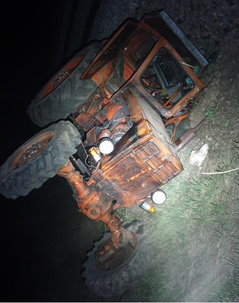 Читинец угнал трактор и попал в ДТП