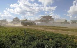 В 2020 году отремонтируют дорогу через село Цугол, где расположен буддийский монастырь