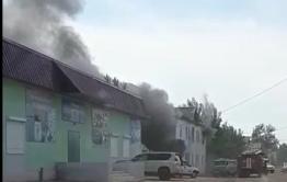 Семья из Приаргунска спаслась от пожара, прыгнув в окно со второго этажа