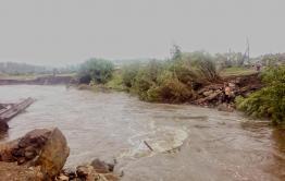 Река Дакитуй в Красночикойском районе снесла мост, отрезав проезд к селу Менза