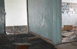 Дети-сироты из Клички прописаны в доме-призраке