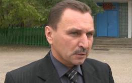 Главу Акшинского района задержали при получении взятки на рабочем месте