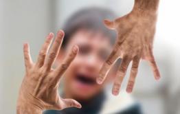 Следователи начали проверку сообщений о жестоком обращении жительницы Борзи с  сыном