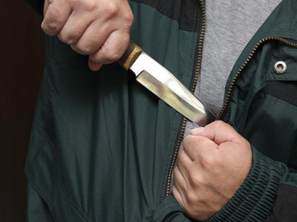 Забайкальцу грозит 20 лет колонии за нападение с ножом на ГИБДДшника