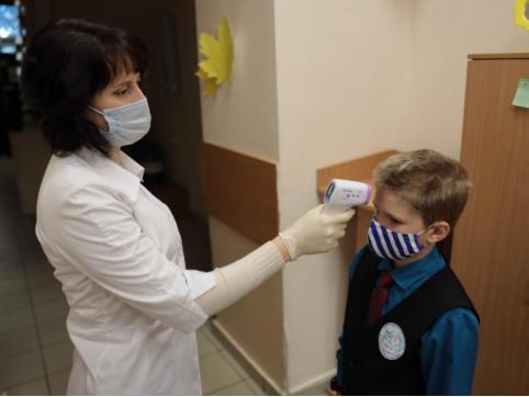 Забайкальские школьники вернутся к очному обучению