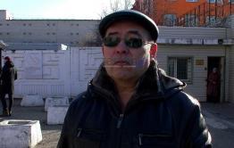 «ВечоркаТВ»: Отец солдата, расстрелявшего сослуживцев в Горном, встретился с сыном