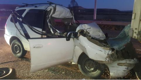 Водитель легковушки погиб в смертельном ДТП с фурой в Забайкалье