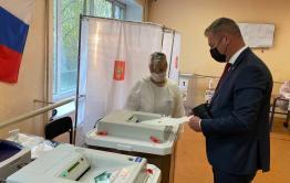 Сити-менеджер Читы Сапожников проголосовал на выборах депутатов Госдумы