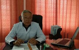 Главврач Дульдургинской ЦРБ отказал в квартирах двум врачам по госпрограмме. В одну из квартир в итоге заселился он сам.