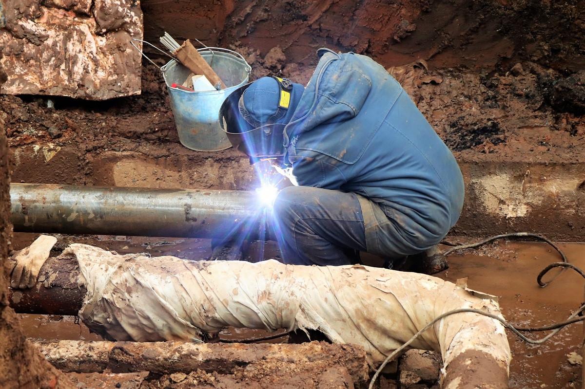 Сварочные работы на аварийной теплотрассе в Чернышевске завершены