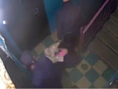 В Шилкинском районе мужчина до смерти избил знакомую девушку и спрятал тело в мусорном баке