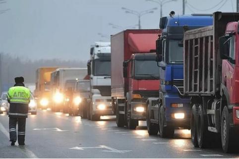 Движение большегрузов на региональных дорогах Забайкалья ограничат с конца апреля