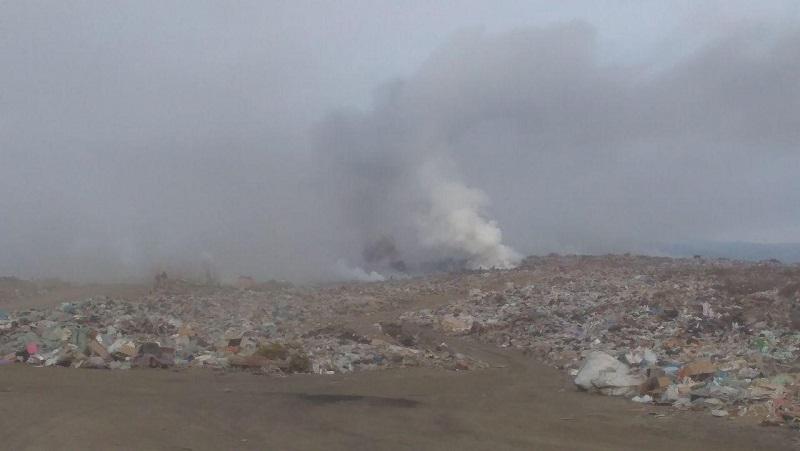 Пожар на читинской свалке продолжается, горит порядка 1,5 га