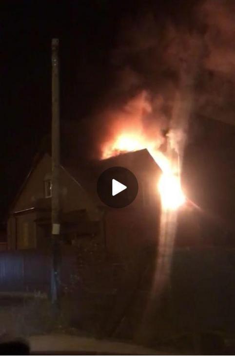 Дом экс-министра природных ресурсов Забайкалья сгорел на читинской «Рублевке»