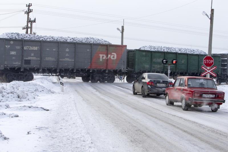 Автомобиль столкнулся с грузовым поездом в Хилокском районе. Пострадавших нет