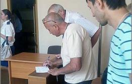 Подельник авторитета Патрона стрелял в узбека в читинском кафе. Стрелявший задержан