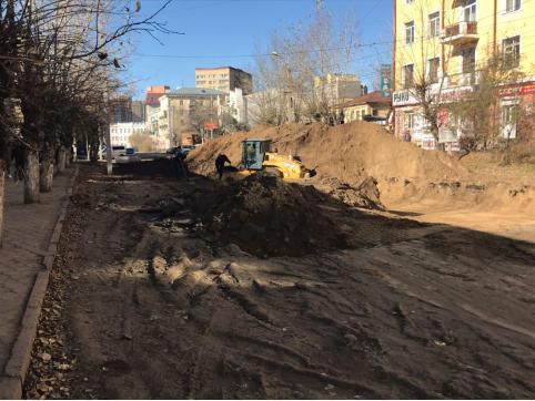 Движение по улице Амурской в Чите временно перекрыли из-за ремонта дороги