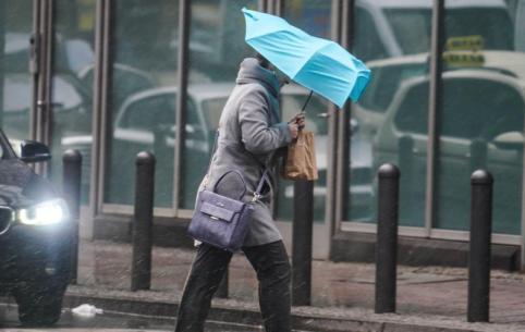 Оперативное предупреждение объявили в Забайкалье из-за сильного ветра