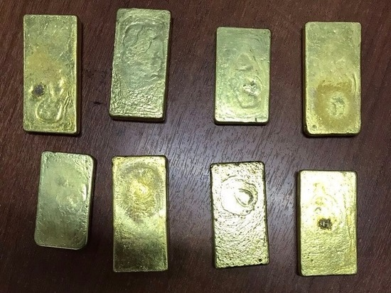 Забайкалец хранил у себя в машине золото почти на 16 млн. рублей