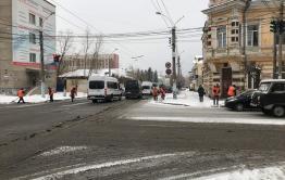 Около двух десятков единиц спецтехники вышли на улицы Читы из-за снега